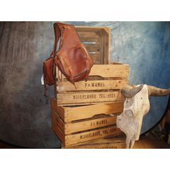 Saddlebag chestnut  medium